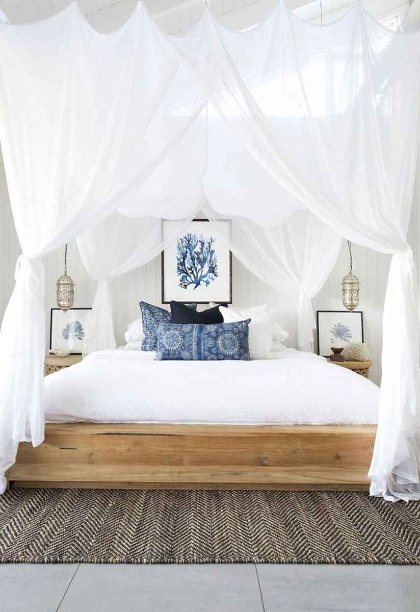 Inspiring modern farmhouse bedroom decor ideas (19)