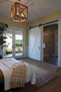 Inspiring modern farmhouse bedroom decor ideas (41)