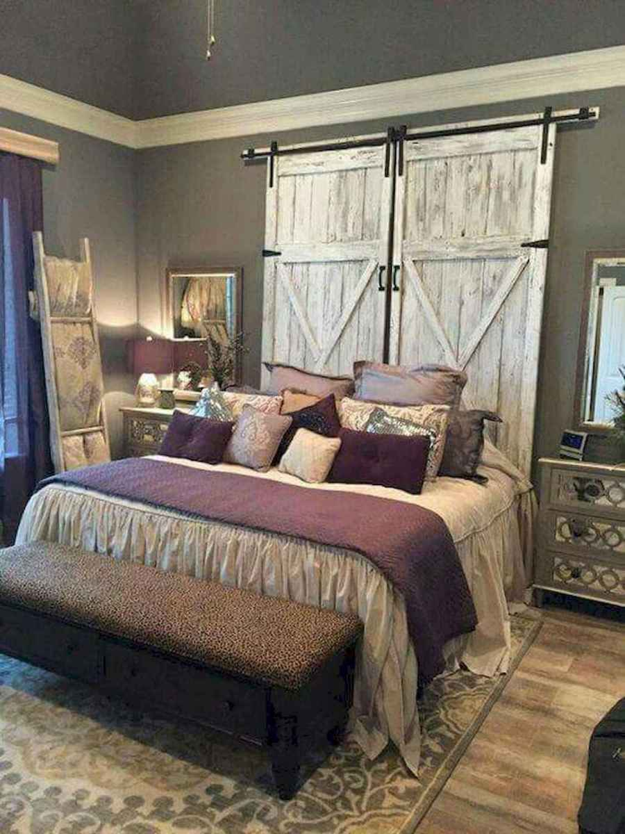 Inspiring modern farmhouse bedroom decor ideas (61)