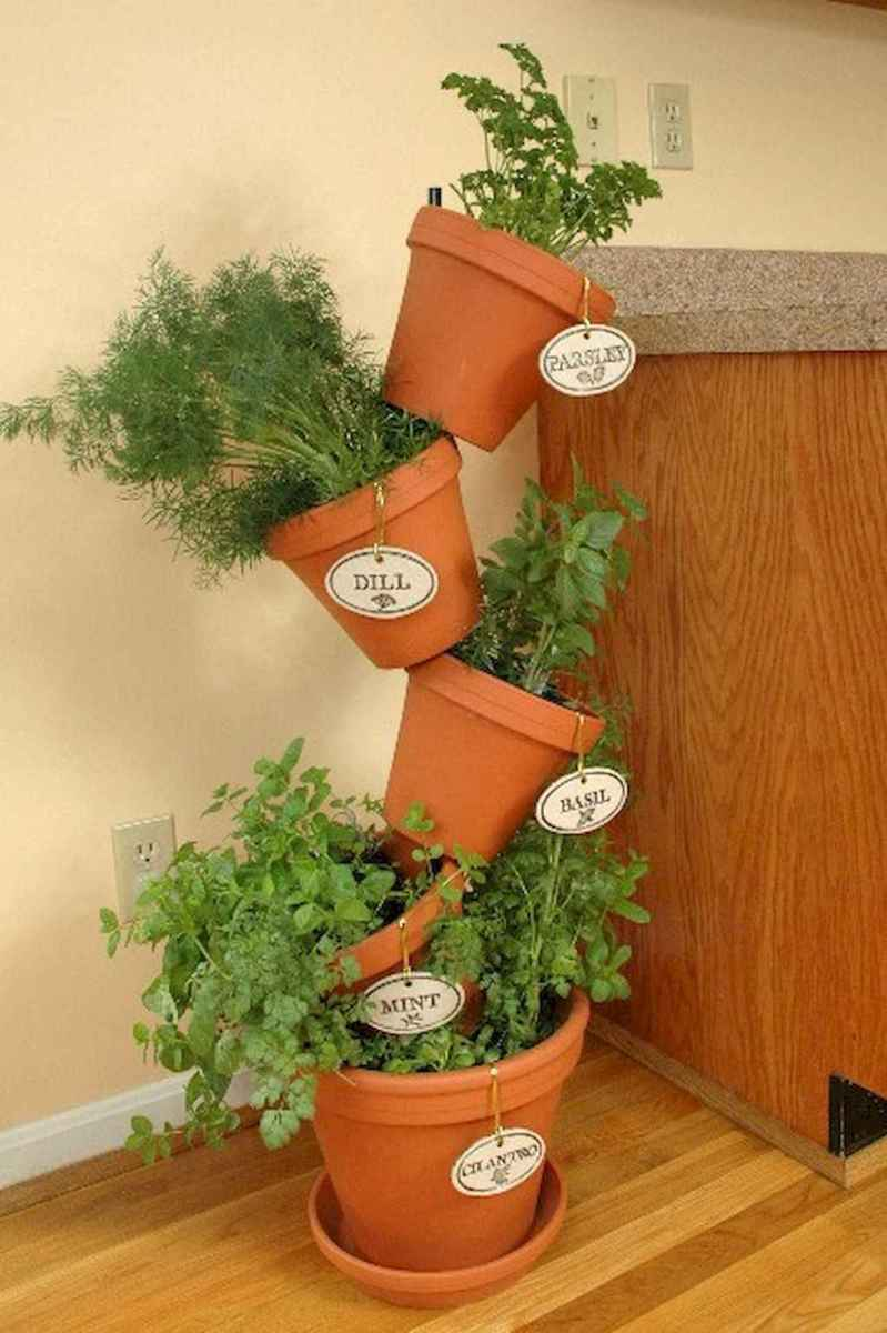 Adorable diy container herb garden design ideas (20)