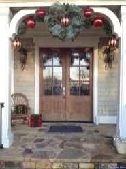 Beautiful 05 christmas porch decor ideas