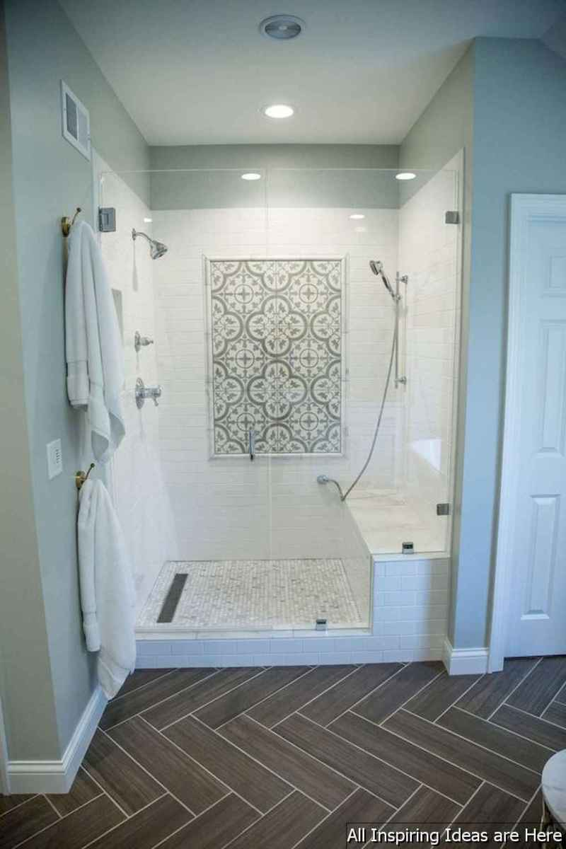 Minimalist modern farmhouse small bathroom decor ideas 16