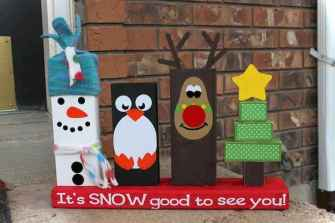 0022 peaceful christmas outdoor decorations ideas