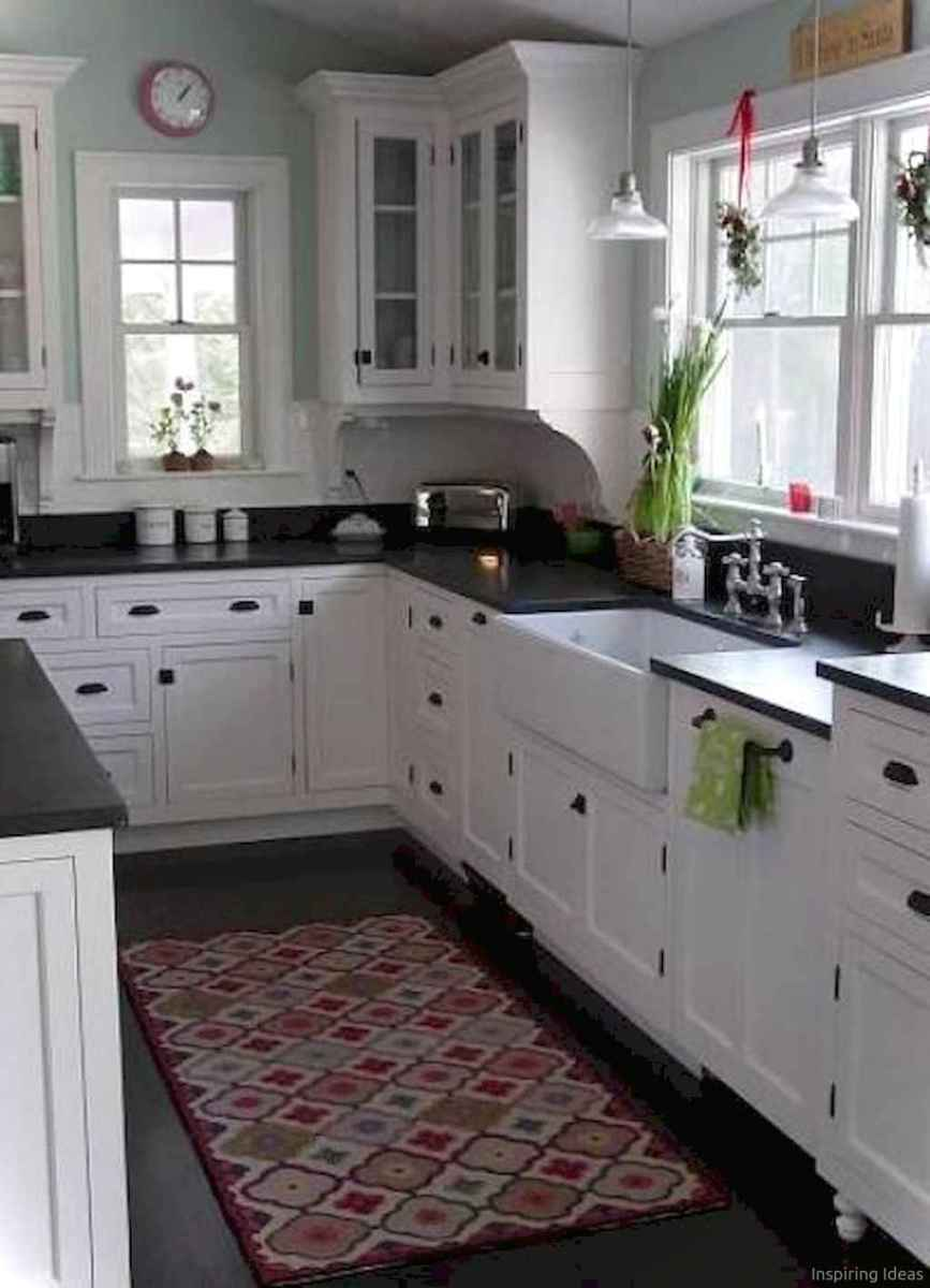 Amazing cottage kitchen cabinets ideas010