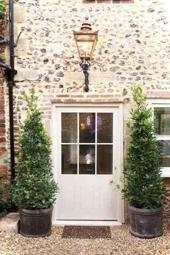 Gorgeous cottage house exterior design ideas017