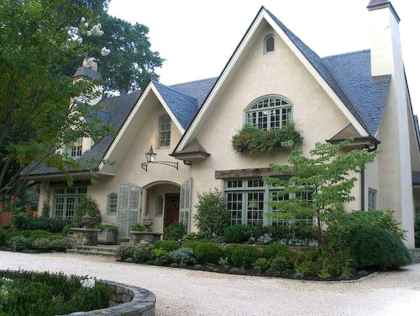 Gorgeous cottage house exterior design ideas037