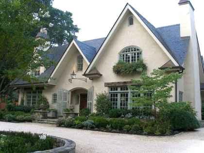 Gorgeous cottage house exterior design ideas037