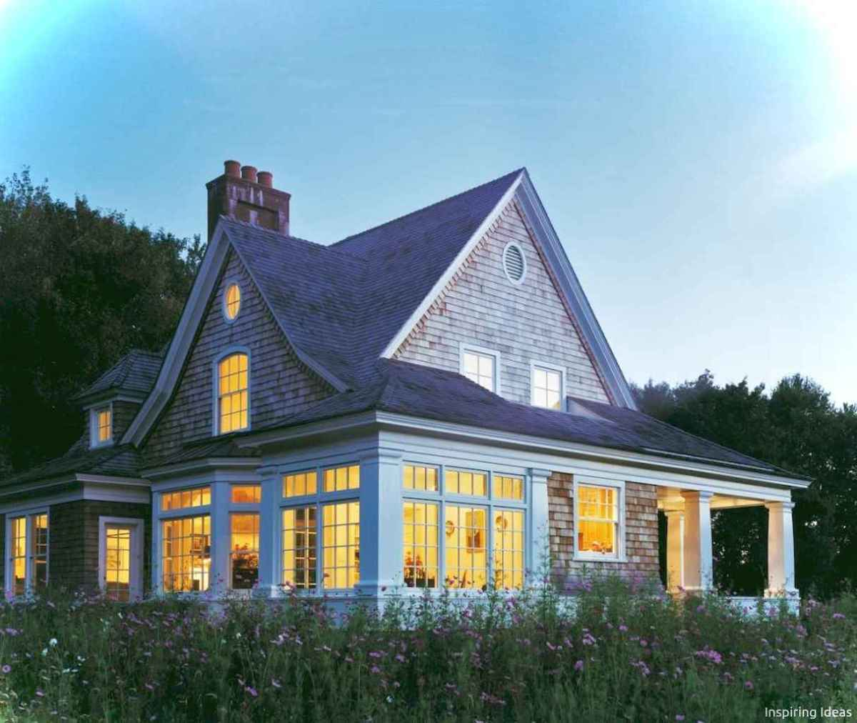 Charming 18 small cottage house exterior ideas