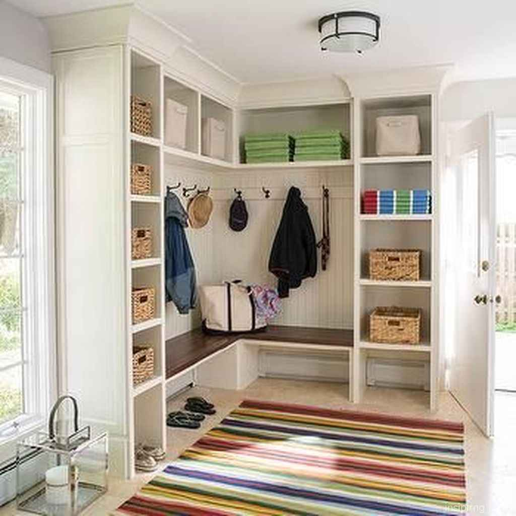 18 inspiring mudroom bench design ideas