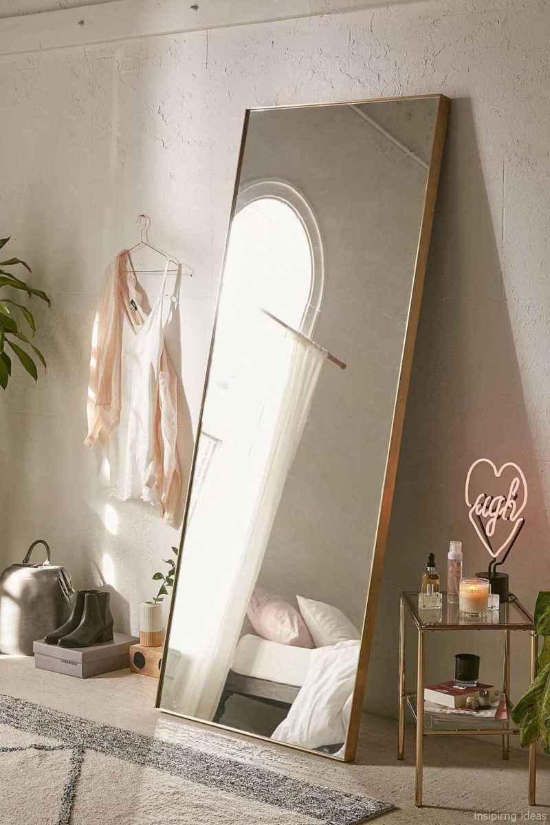 1 minimalist diy bedroom decor ideas