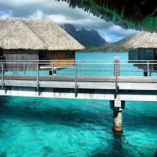 12 more stunning photos of Four Seasons Resort Bora Bora ...