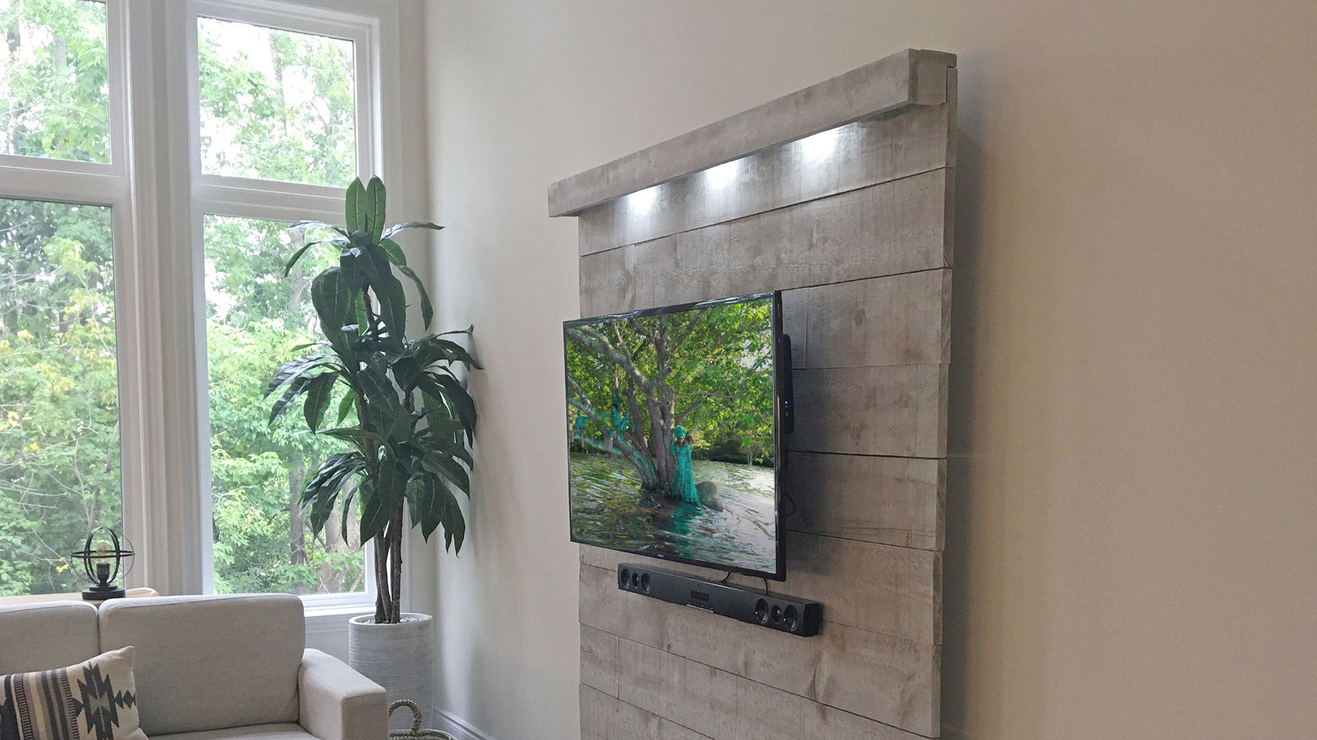 TT wall - DIY TV Wall ideas