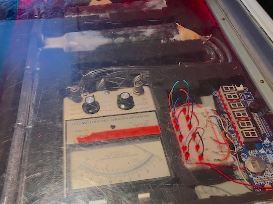 In-game: closeup of a bomb with clipped wires.