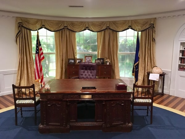 In-game: The President's desk in a surprisingly accurate replica of the Oval Office.