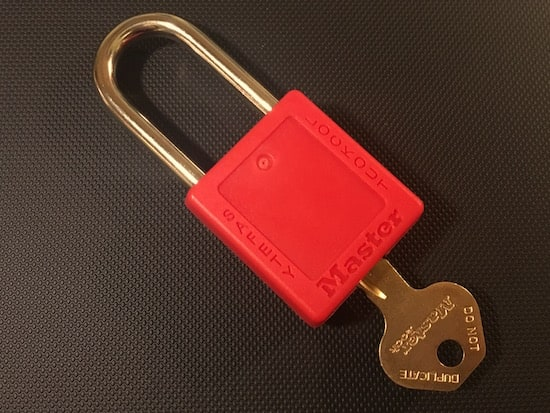 The back of a Red Master Lock 410.