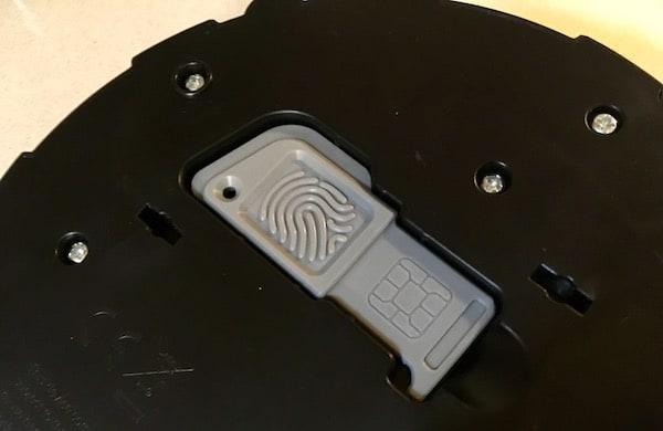 Closeup of the USB key in its slot.