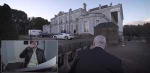 Hitman approaching a mansion.