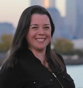 Headshot of Lindsay Froelich