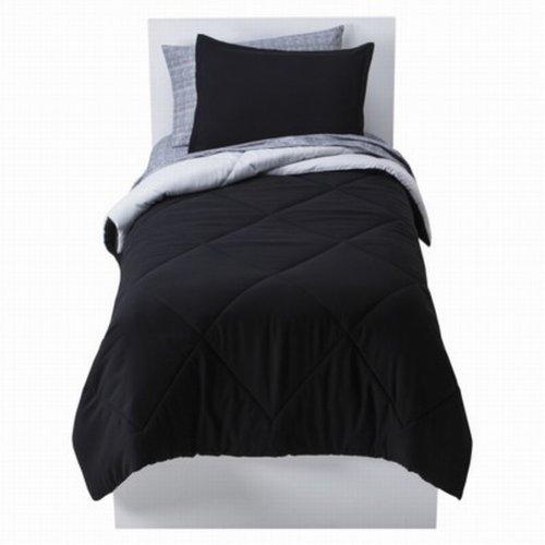 Room Essentials Twin XL Bed In Bag Black Reversible