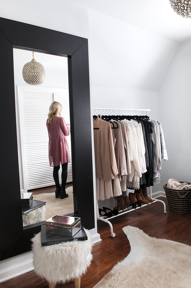 A Chic Dressing Room For Tuesday