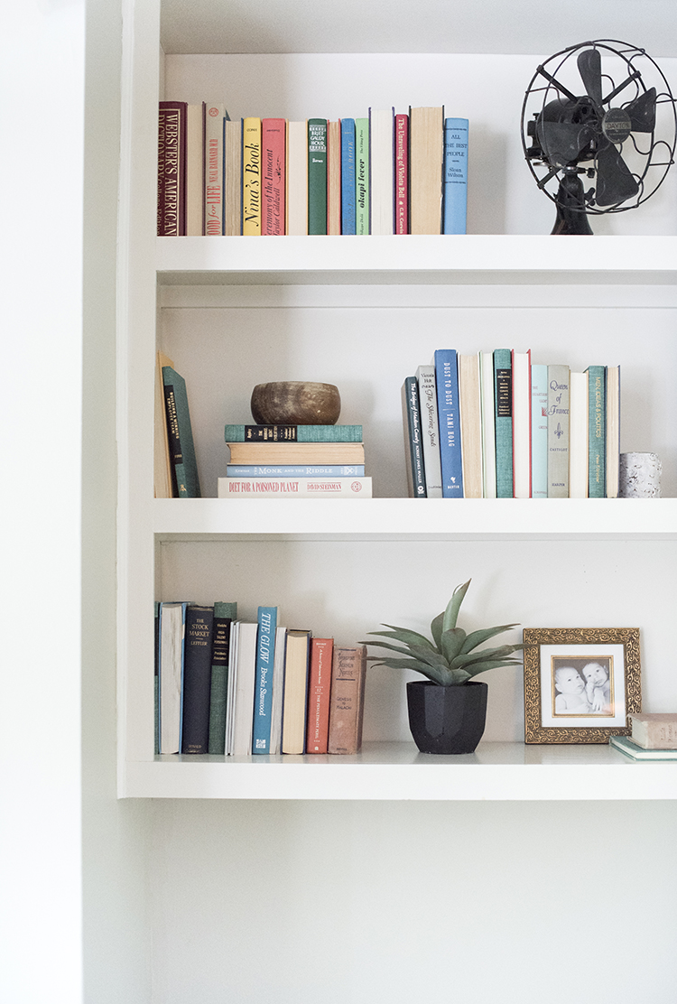 colorful-styled-shelves