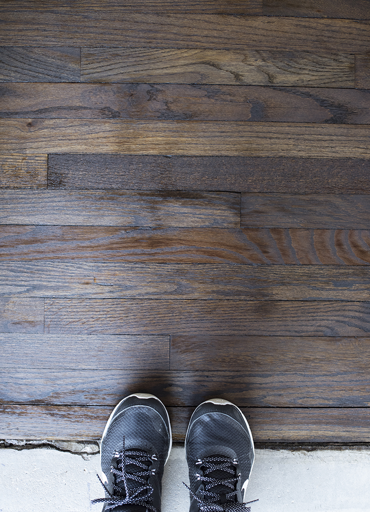 staining-hardwood-floors