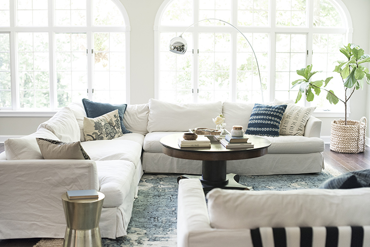 white-bright-living-room