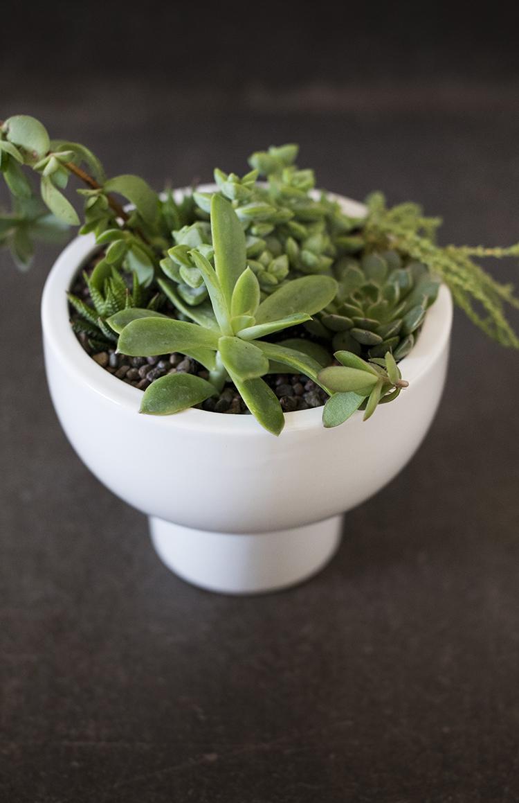pedestal-planter