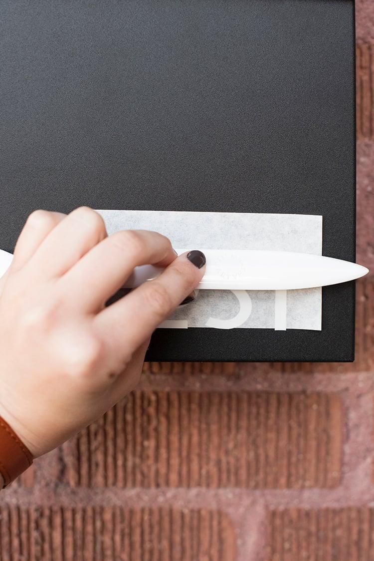 mailbox-lettering-diy