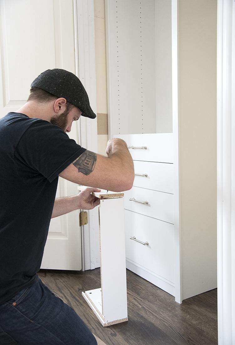 Assembling ClosetMaid Closet