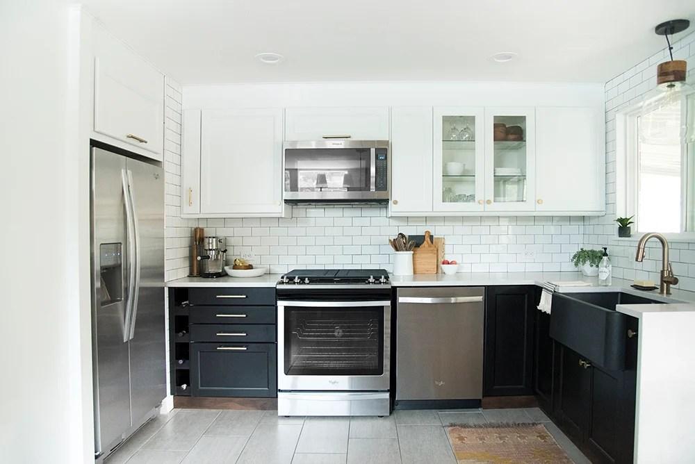 Black and White Tuxedo Kitchen