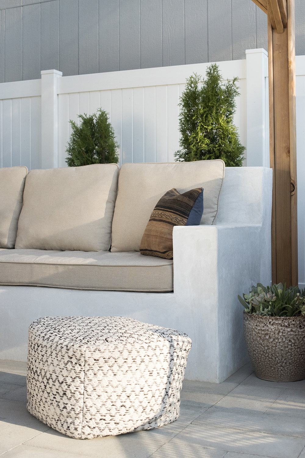 Custom Stucco Seating DIY. DIY Outdoor Couch