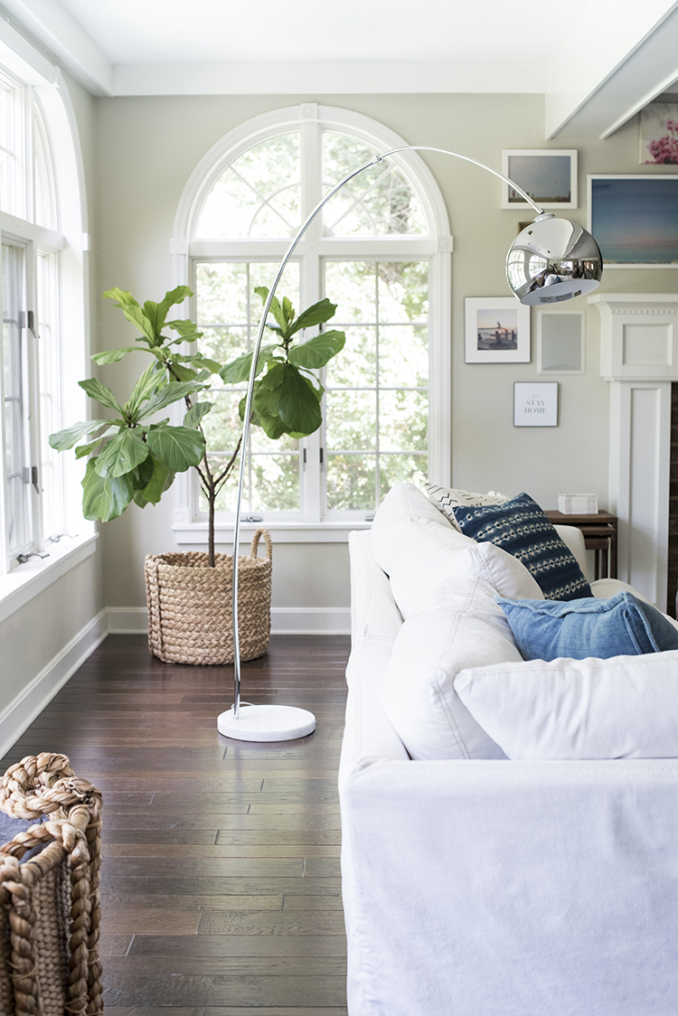 How We Choose White Slipcovered Sofas Room For Tuesday