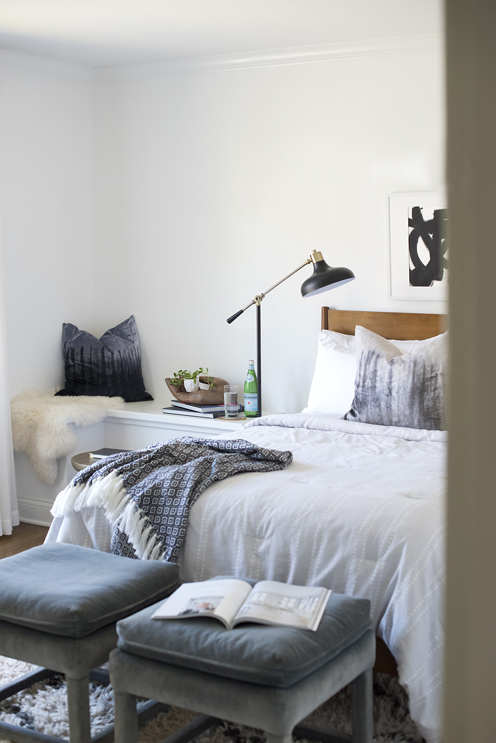 Tips for Shopping At Discount Decor Stores - roomfortuesday.com