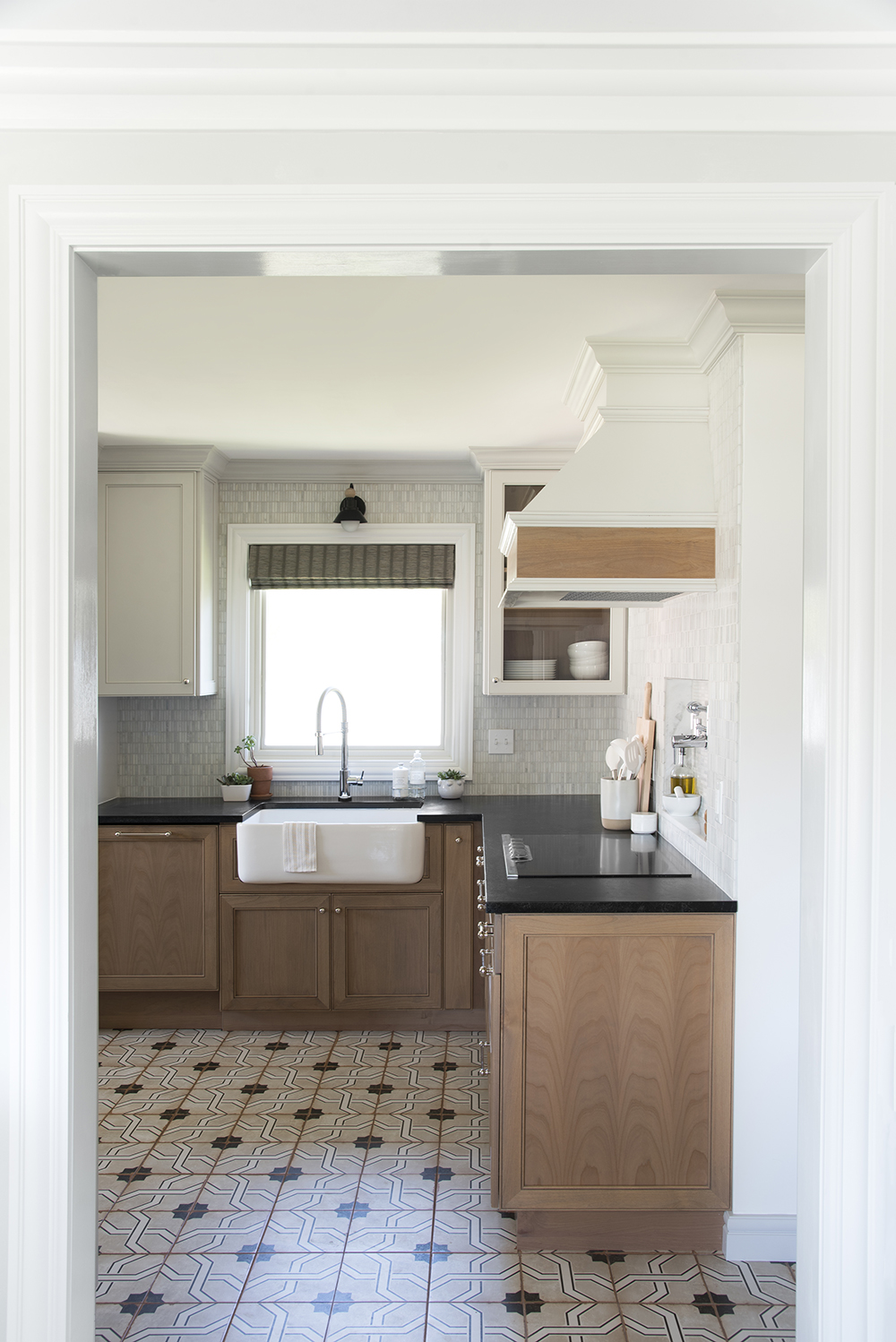 The Complete Kitchen Renovation Budget - roomfortuesday.com