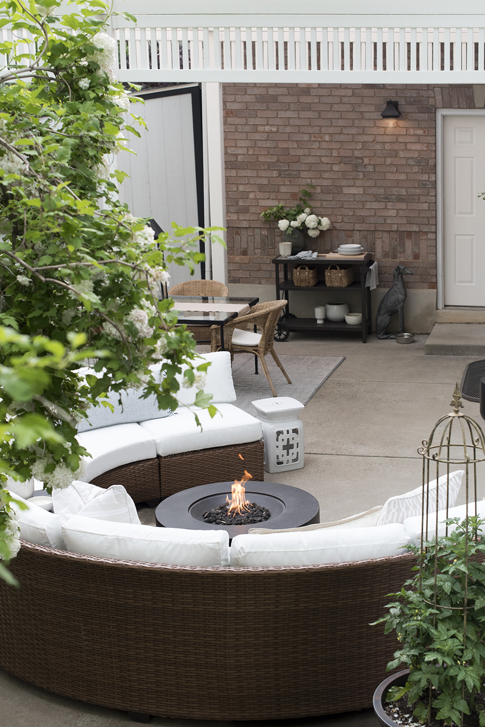 Our Patio & Outdoor Living Space - roomfortuesday.com
