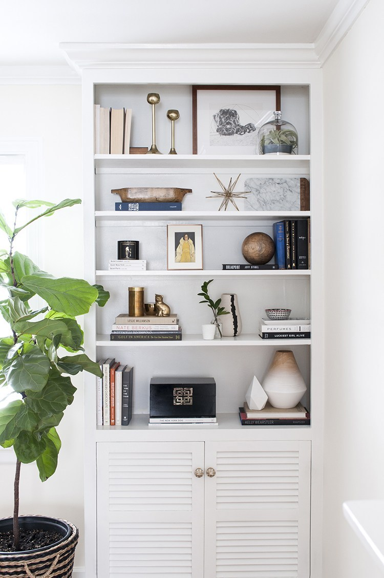 5 Inspiring Shelf Styling & Built-In Posts - roomfortuesday.com