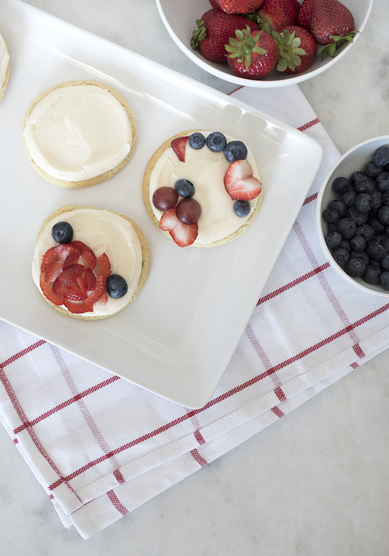 Mini Fruit (Pizza) Cookies - roomfortuesday.com
