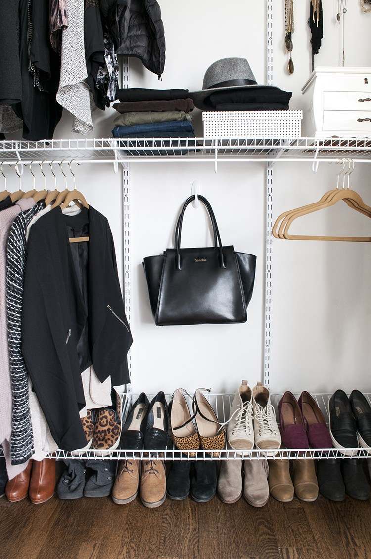 Fall Capsule Wardrobe - roomfortuesday.com