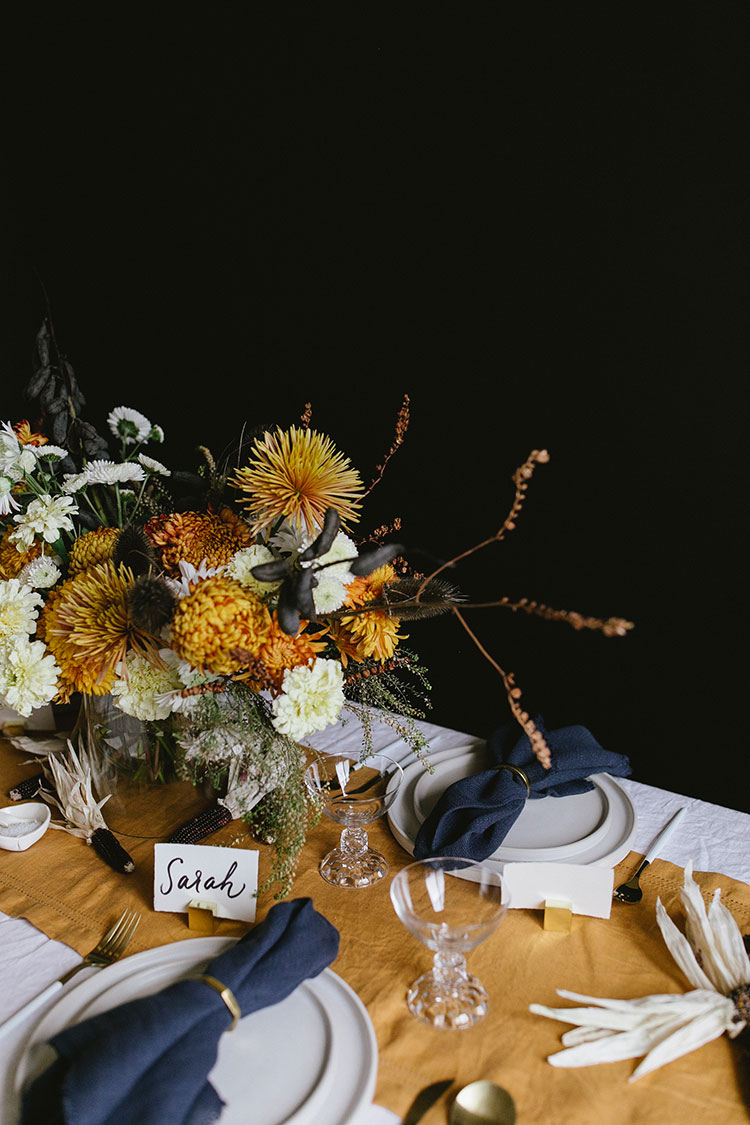 Inspiring Tabletops for Thanksgiving - roomfortuesday.com