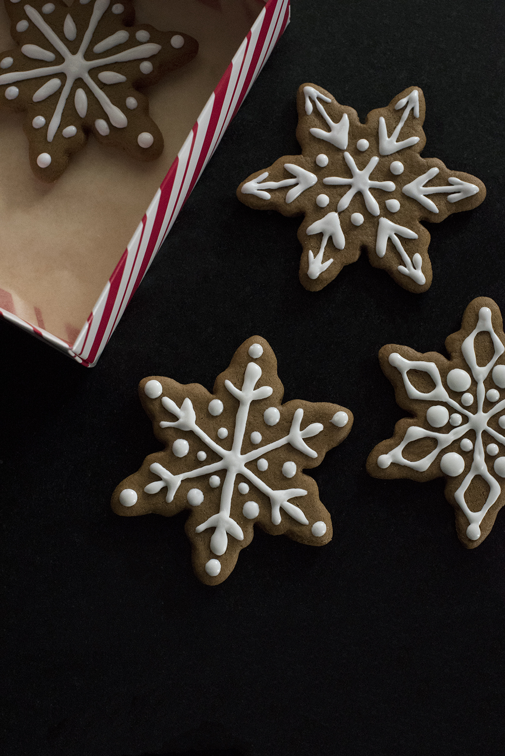 Cookie Swap : Classic Gingerbread Cookies - roomfortuesday.com