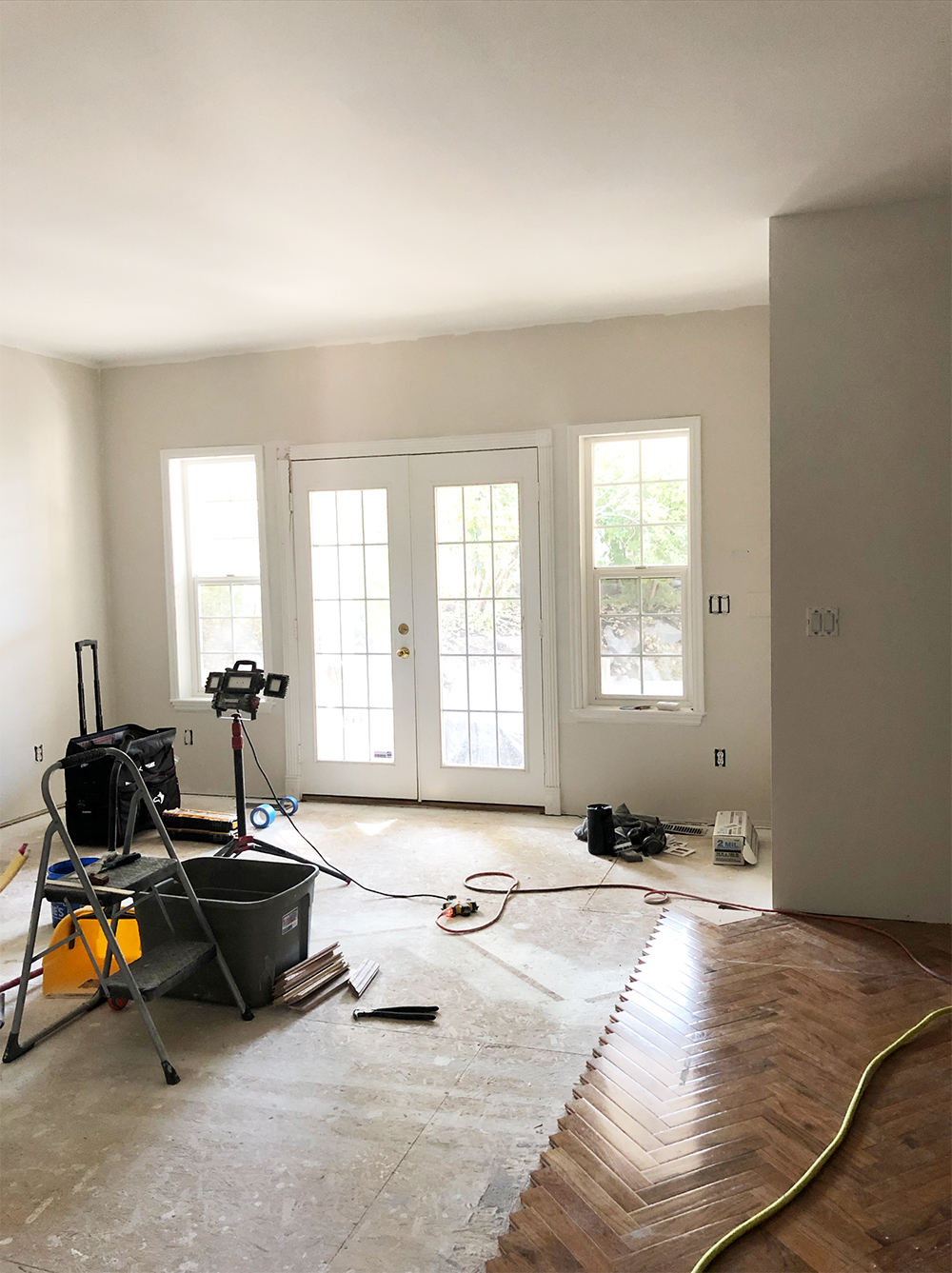 10 Home Project Budgeting & Money Tips - roomfortuesday.com