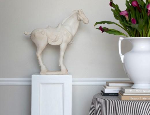 DIY Pedestal Makeover - roomfortuesday.com