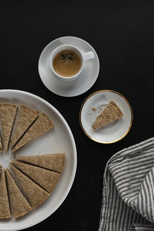 Easy Brown Sugar Shortbread - roomfortuesday.com