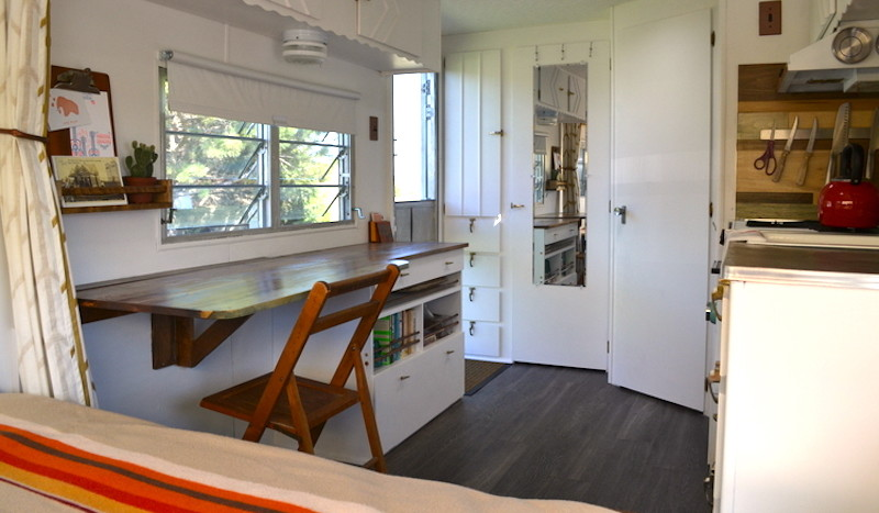 5 Ingenious Design Tips to Living Large From Tiny House Owners