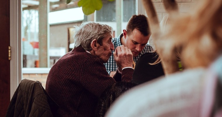 5 Unexpected Benefits of Having a Senior Roommate
