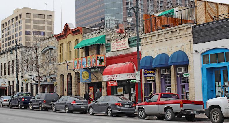 Wonderful 5 Major Perks Of Living In Austin, Texas, As Told By Transplants