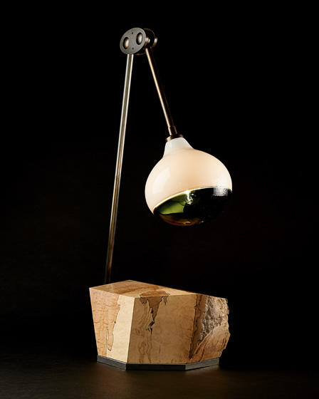 Mantis-Studio-Desk-Lamp-1