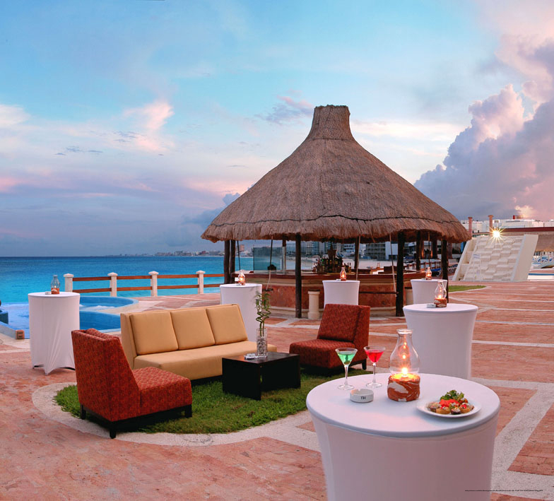Valentines Day Cancun Vacation At Krystal Resort From