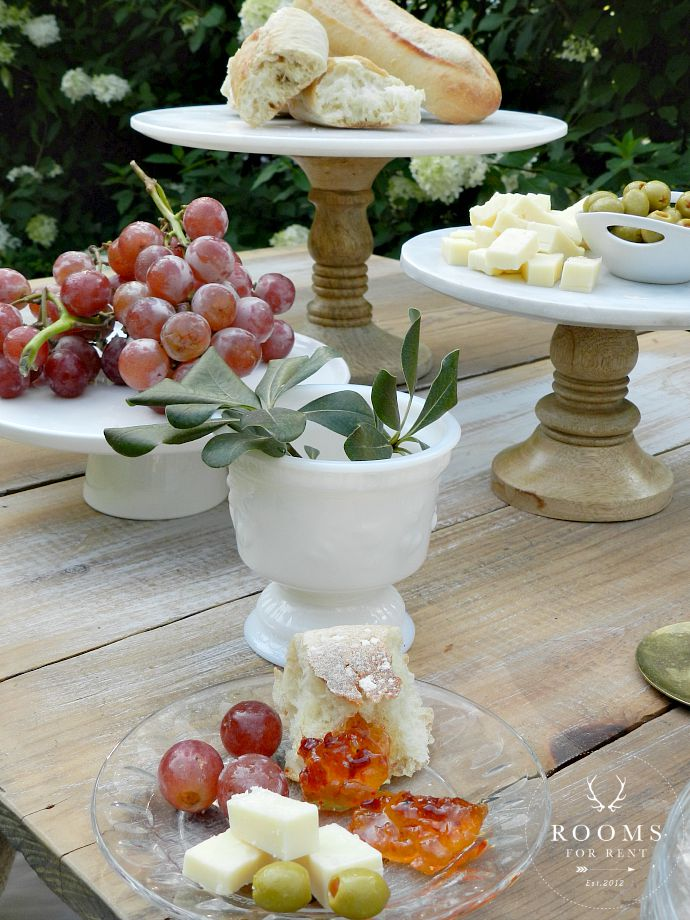 Backyard Entertaining | Rooms FOR Rent Blog